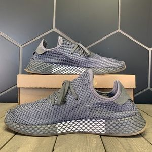 Adidas Deerupt Runner Dark Grey Gum Shoe Size 13
